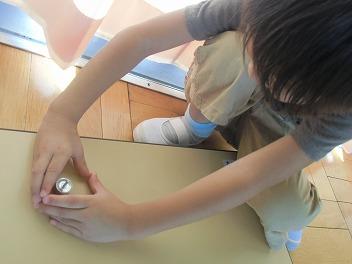 保育園でコマまわし☆第4弾_a0272042_2055210.jpg