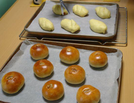 くるみあんのパンとかぼちゃウインナー_f0191248_1541012.jpg