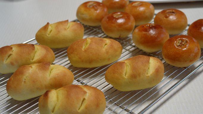 くるみあんのパンとかぼちゃウインナー_f0191248_15435869.jpg