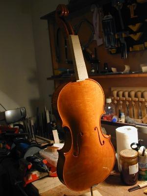 【夏休み特別投稿】 弦楽器職人にどんな技術や知識が必要か?【その2 木工技術】_d0079867_2312965.jpg