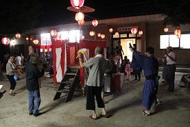 地域の盆踊り ~中切~ _e0175370_1329121.jpg