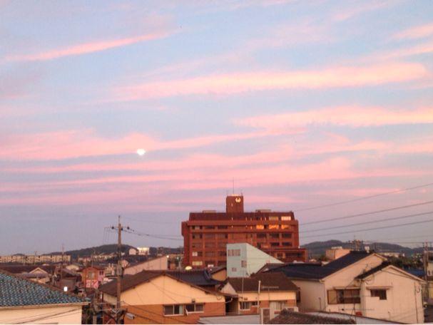 昨日の写真から。夕陽が綺麗でした。_b0028732_13452996.jpg