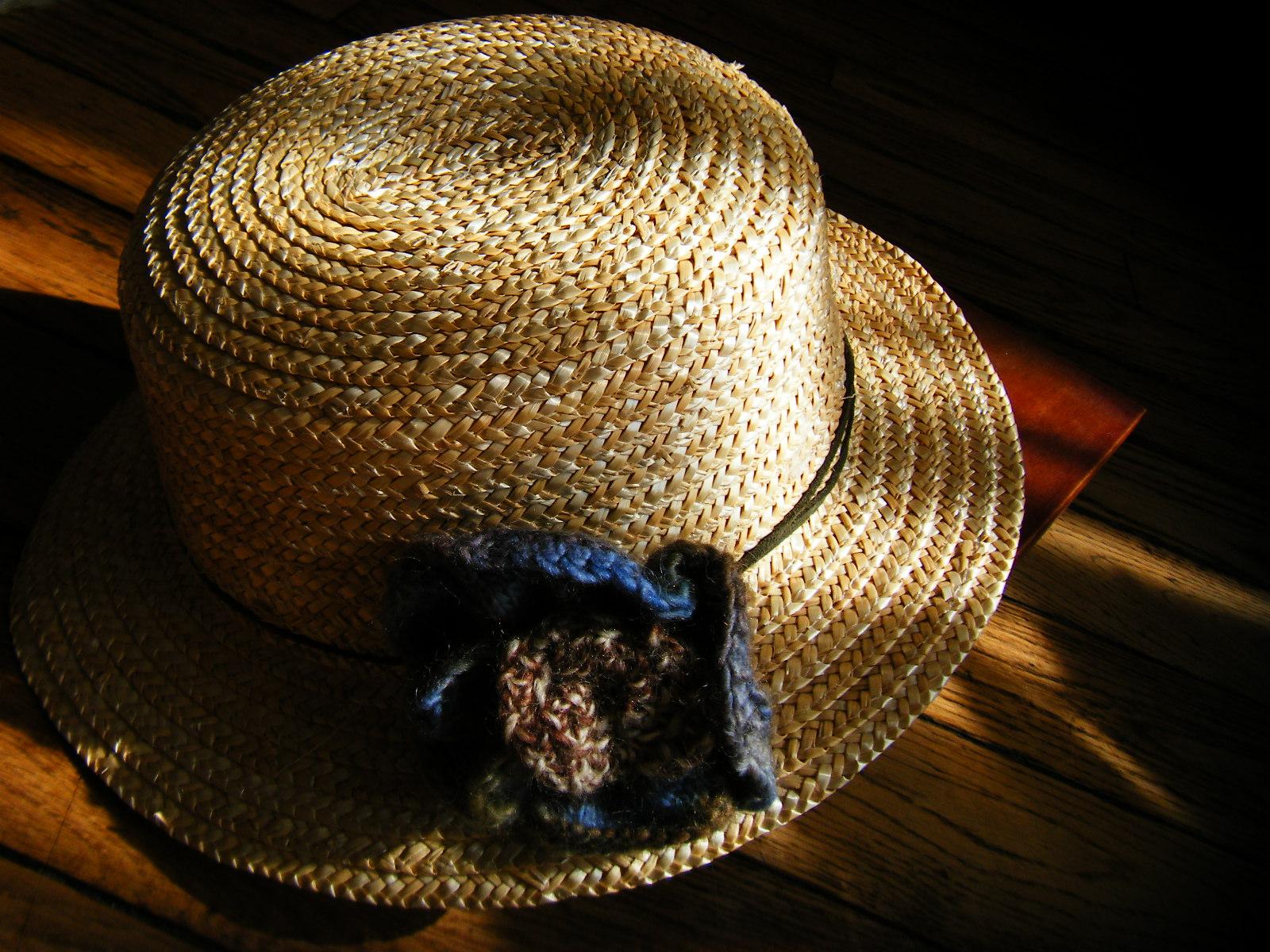 麦わら帽子……。_b0287748_023976.jpg