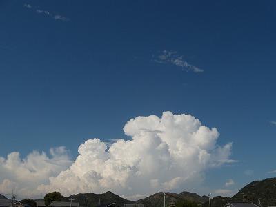 モコモコ雲までの距離が知りたい!!_d0165772_20501414.jpg