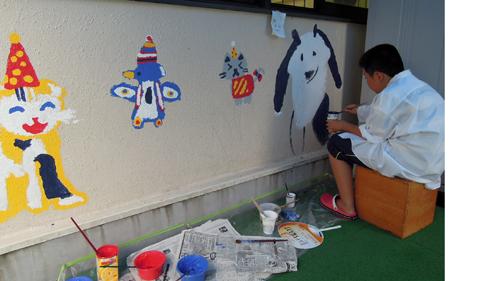 壁画を描こう!「3びきのかめ・1まんねんのぼうけん!」⑨_f0247351_853662.jpg