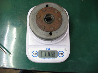 オイル漏れ修理とフラホ軽量化と。_e0114857_21173536.jpg
