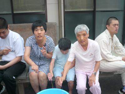 8/21聖愛園花火大会!_a0154110_9362341.jpg