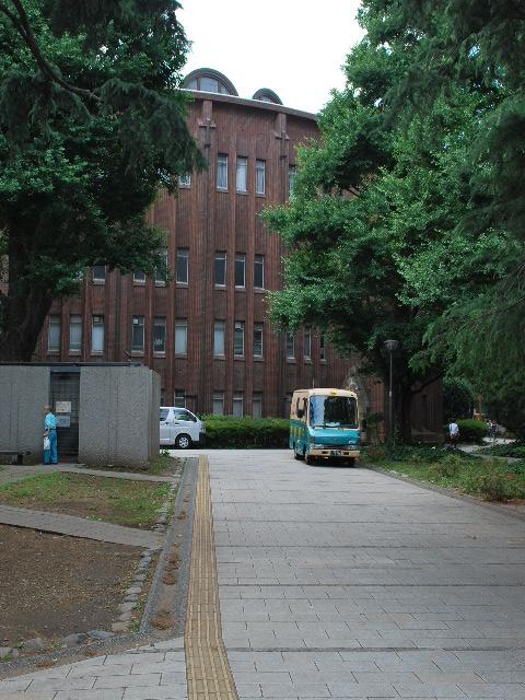 東京大学安田講堂(大正モダン建築探訪)_f0142606_18111441.jpg