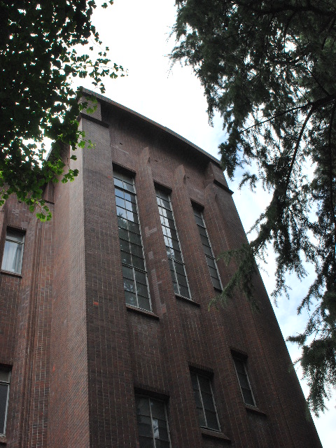 東京大学安田講堂(大正モダン建築探訪)_f0142606_18112911.jpg