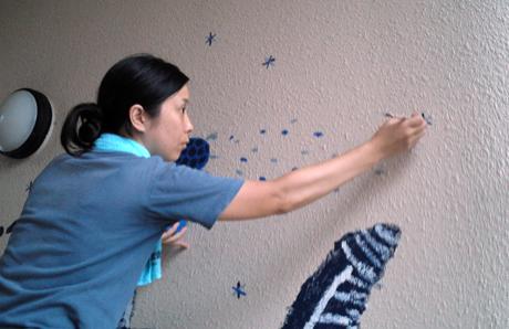 壁画を描こう!「3びきのかめ・1まんねんのぼうけん!」⑫_f0247351_8251578.jpg
