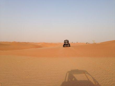慌てて砂漠走るなう。_e0066474_1321481.jpg