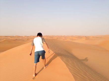 慌てて砂漠走るなう。_e0066474_1321582.jpg