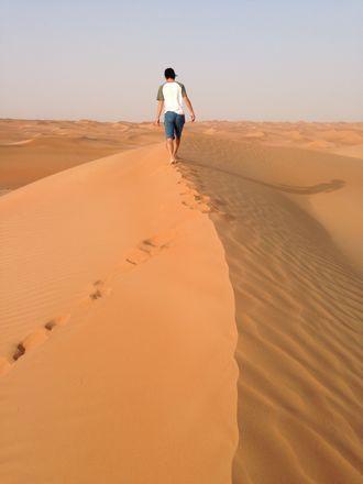 慌てて砂漠走るなう。_e0066474_1321749.jpg