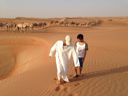 慌てて砂漠走るなう。_e0066474_1322265.jpg