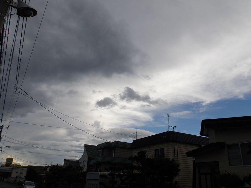 不安定な天気続く_c0025115_2223953.jpg