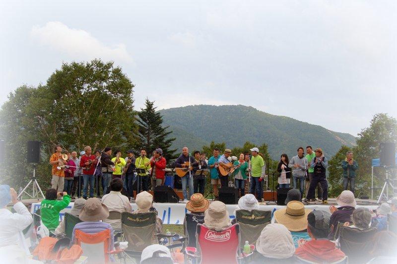 第28回 野反湖フィールドフォークコンサート 2013_c0057390_223012100.jpg