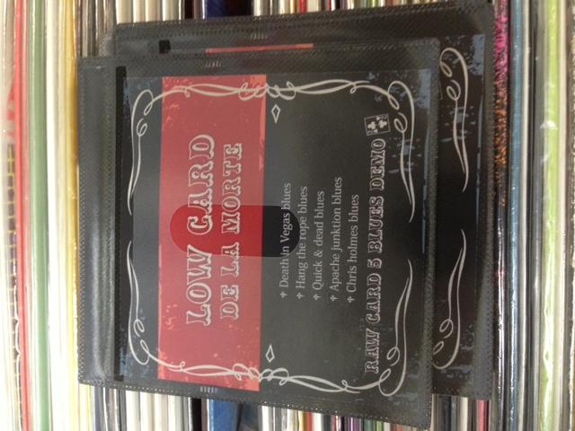 LOW CARD DE LA MORTE / demo cdr_f0037698_182255100.jpg