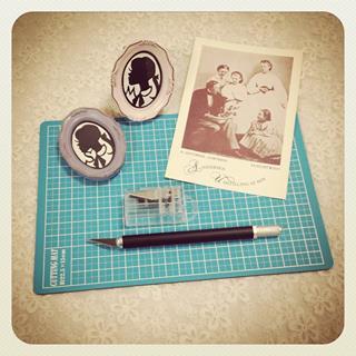 わたしのアンデルセン展:切り絵ワークショップのご案内_c0203401_0141118.jpg