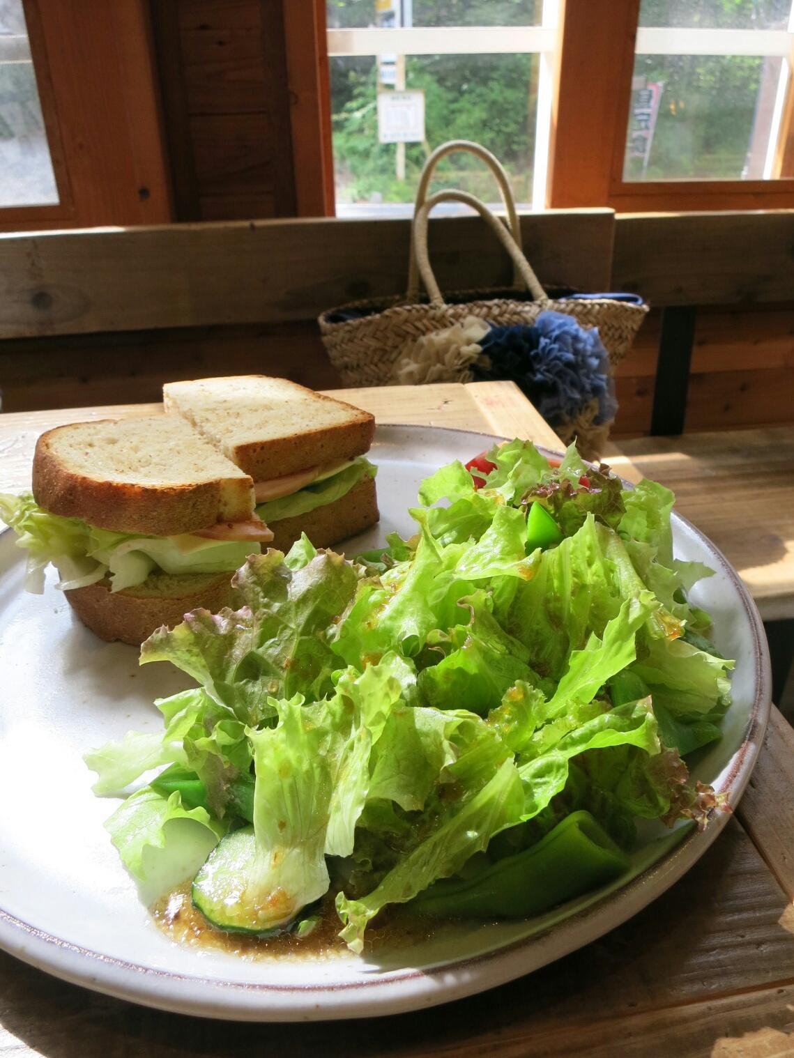 お野菜たっぷり☆六花のサンドイッチ&フレンチトースト@北軽<閉店>_f0236260_1435546.jpg