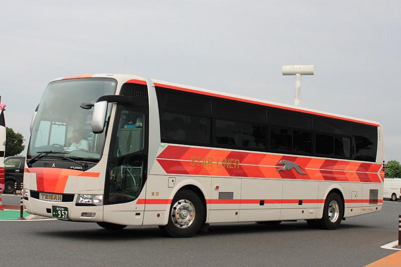 帝産観光バス_e0192662_23572857.jpg