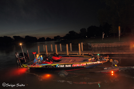 Bassmaster Elite Series #8 Lake St. Clair, MI  最終日 決勝_a0097491_7295761.jpg
