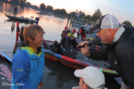 Bassmaster Elite Series #8 Lake St. Clair, MI  最終日 決勝_a0097491_7322453.jpg