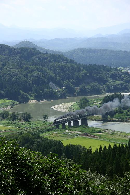 煙が見たければ深戸鉄橋へ - 2013年晩夏・磐西 -  _b0190710_21412539.jpg