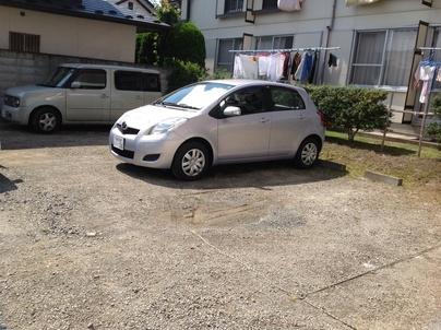 駐車場の除草と除草剤散布_c0186441_17595928.jpg