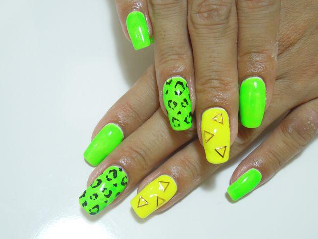 Neon Colorful Nail_a0239065_14491738.jpg