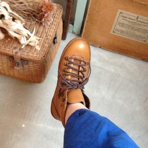 ブーツと・・・テッシュボックスカバー再入荷。_a0164280_14422195.jpg