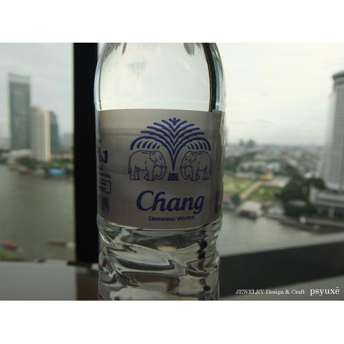 タイ・バンコクのデザイン_e0131432_110128.jpg