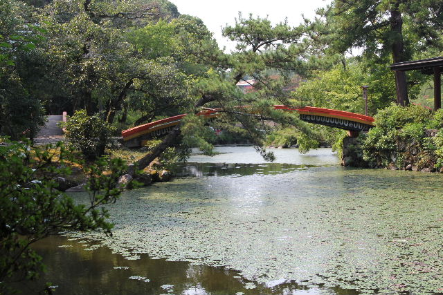【宇佐神宮】 その2 菱形池、御霊水、下宮_c0011649_738416.jpg