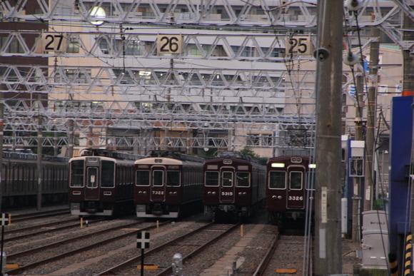 阪急正雀レポ! 新型 阪急1000系搬入!_d0202264_21304771.jpg