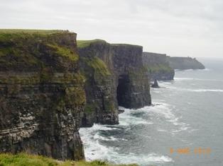 Ireland トリムの町とモハーの断崖_e0195766_5304515.jpg