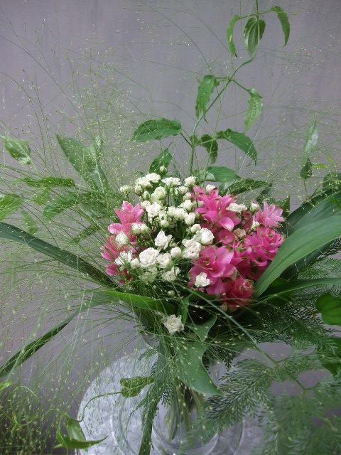 オークリーフ(小さな花)_f0049672_14163151.jpg