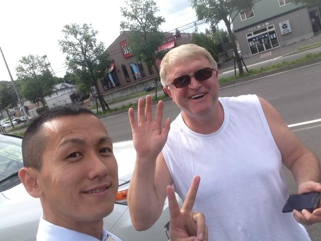 ロシアからのお客様、ランクルのホイールお買い上げ_b0127002_11172011.jpg