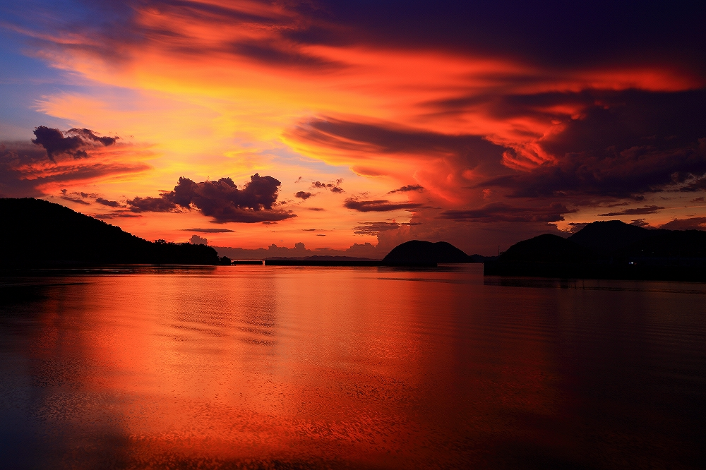 刻々と変わる空の色彩♪ _c0247313_19265865.jpg