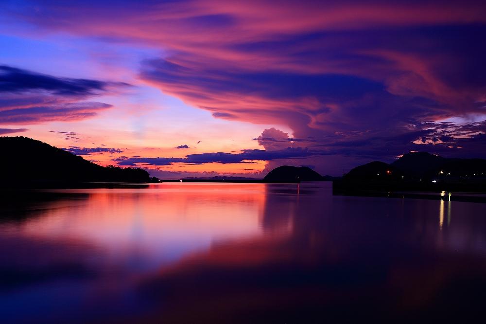 刻々と変わる空の色彩♪ _c0247313_1932534.jpg