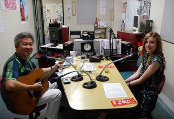 コートニー ラジオ初体験_e0103024_0102692.jpg