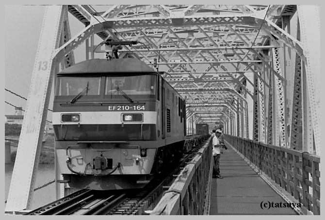 赤川仮橋 ~モノクロ編_f0139991_22152443.jpg