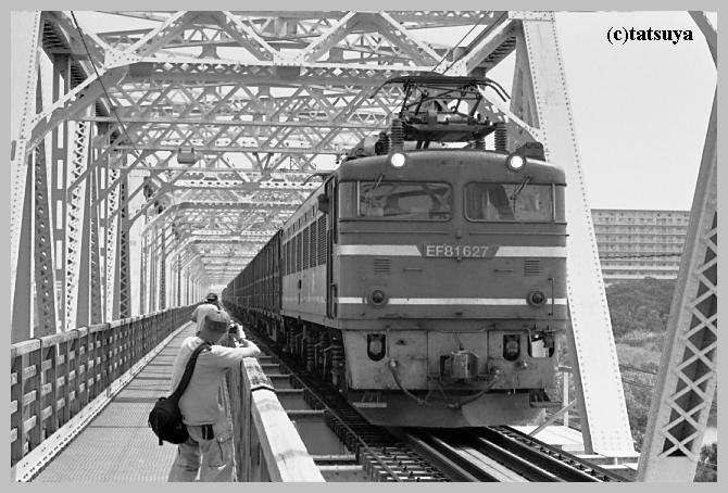 赤川仮橋 ~モノクロ編_f0139991_2219217.jpg