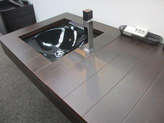 上質な家具のような存在感・・・。_d0091909_13122098.jpg