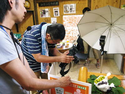 熊本ぶどう 社方園 8/29テレビタミン出演のメイキング裏話!!_a0254656_1874047.jpg