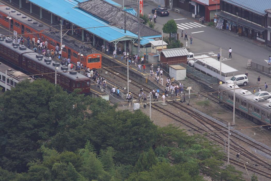 旧国鉄101系のさよなら運転とC58のすれ違い - 2013年晩夏・秩父 -  _b0190710_21443432.jpg