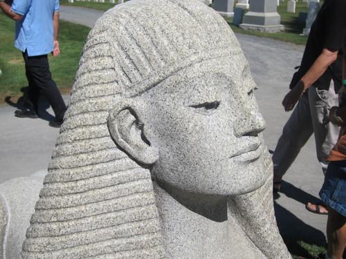 アメリカ陸軍士官学校の墓地に、なぜかピラミッドがある・・・_d0240098_10433415.jpg