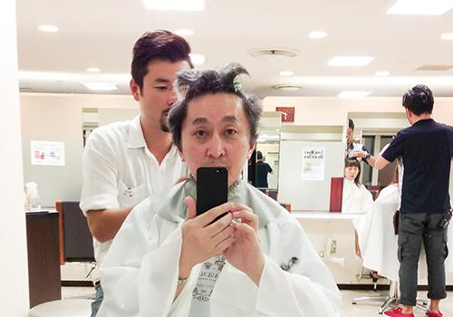 やっと散髪に行く事が出来た!_b0194208_21552376.jpg