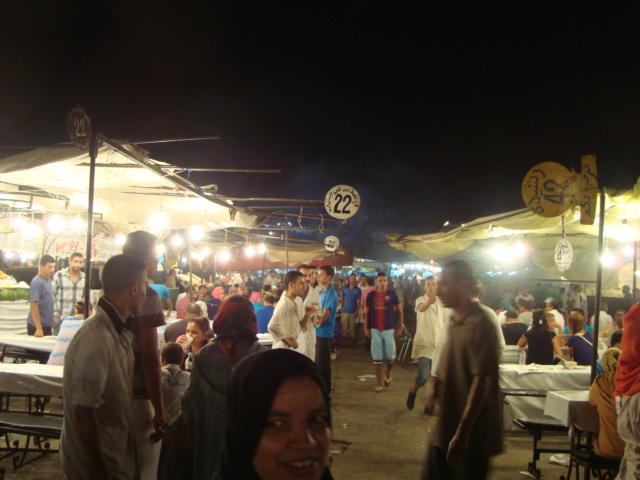 モロッコに行く。⑥ ~コブラ使いに会う~_f0232060_23535942.jpg