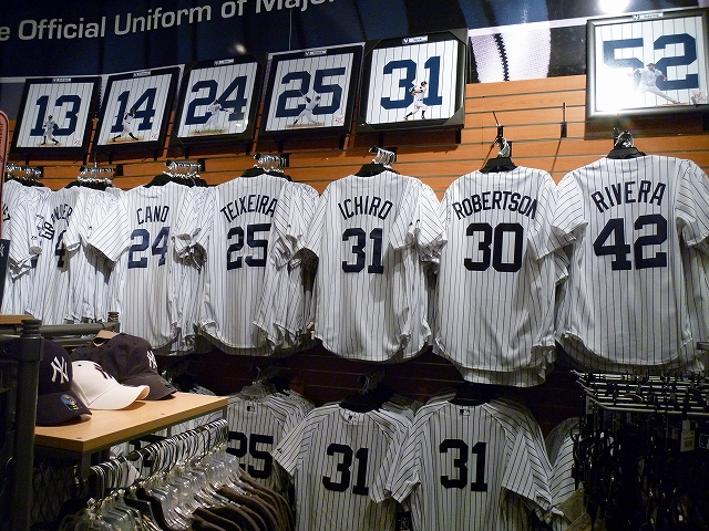 Yankee Stadium イチローの応援! _a0158486_619140.jpg
