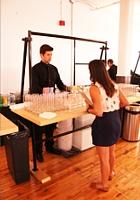NYで初のGoogle Glassパーティ、お酒や軽食はこんな感じ_b0007805_0415089.jpg