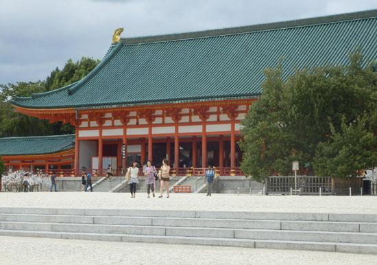 平安神宮 残暑1_e0048413_205357.jpg